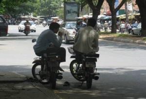 moto-dop-cambodge-cambodia-phnom-penh